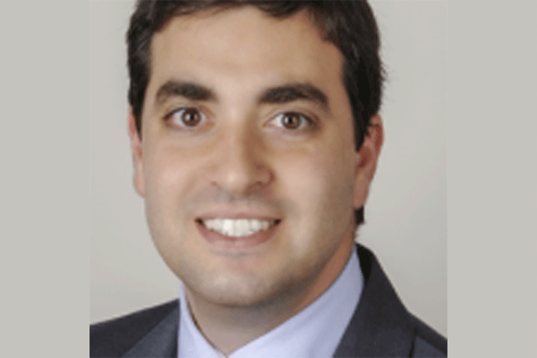 5 Things to Look For When Choosing a Plastic Surgeon For Your Facelift